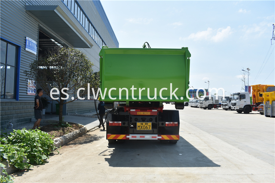 waste disposal vehicles supplier